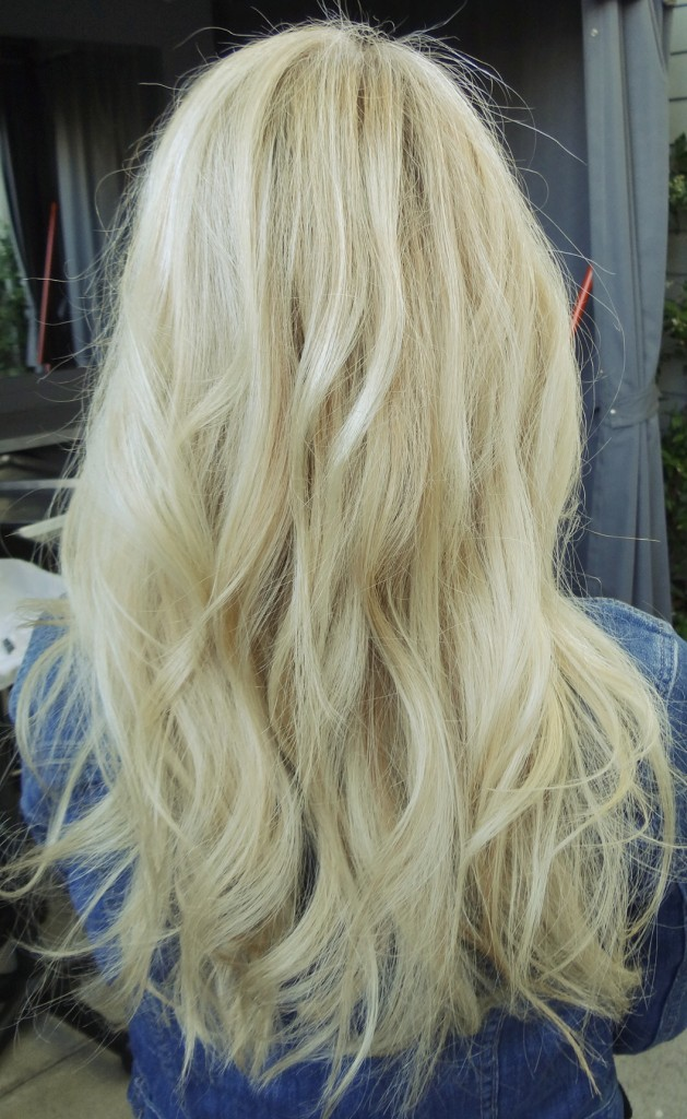 foxy-locks-hollywood-blonde-hair-extensions